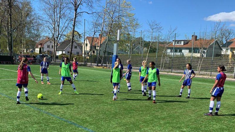 """Duktiga IFK Göteborg F06 spelade jämnt mot Utbynäs pojkar 06: """"Killarna fick jaga boll"""""""